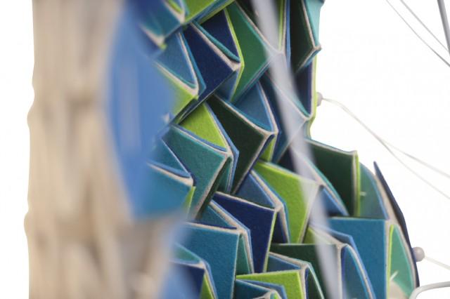 ウールで折り紙